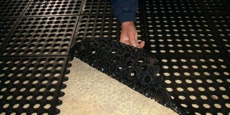 Коврик резиновый ячеистый грязезащитный цена, размеры, где купить